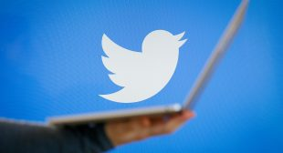 Twitter Is Coming With 'Bookmarks' Options Soon To Save Tweets For Later
