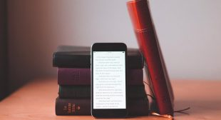 Feel God's Love With 10 Best Bible Apps For Android And iPhone Devices