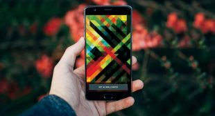 Check out the list of Best Android Wallpaper Apps