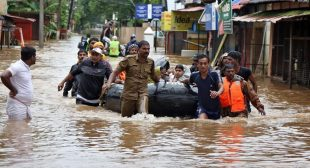 Check out here how you to donate for Kerala flood victim via different platform