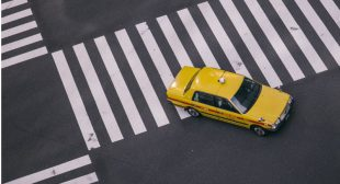 Benefits of Having a GrabTaxi Clone for Your Transportation Industry