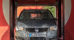 You bath on a regular basis, so should your vehicle: Mobile car wash app