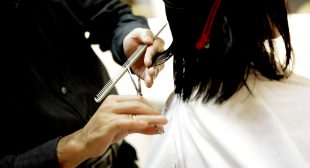 Digitize the Services of Your Salon Industry with the Hair Booking App