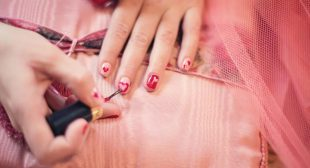 Professional Nail Artists at Your Doorstep with On Demand Manicure App