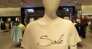 How to Choose Promotional T-Shirts the Right Way